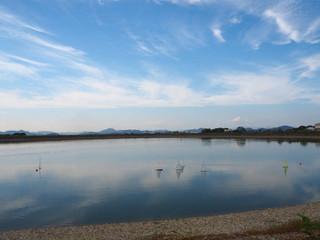 加古大池の広い空