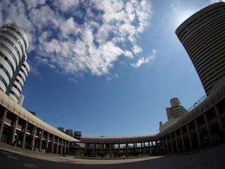 ポーアイ市民広場の空