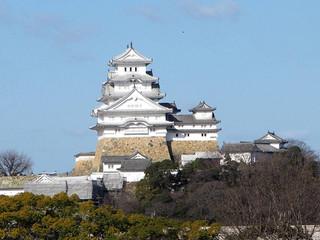 白漆喰鮮やか姫路城