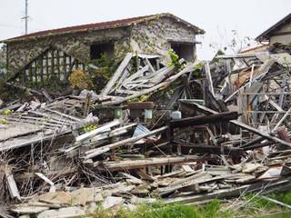 廃墟の工作機械
