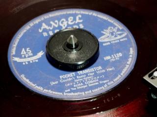 ANGEL Recordsレーベル HM-1120 POCKET TRANSISTOR・ALMA COGAN